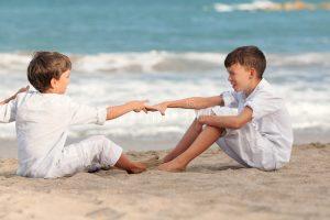 Brauchen Kinder ein? NIE Anzahl in Spanien