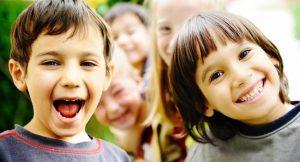 lykkelig barn får a nie Antall